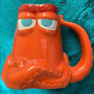 Finding Dory Hank Octopus Disney Mug